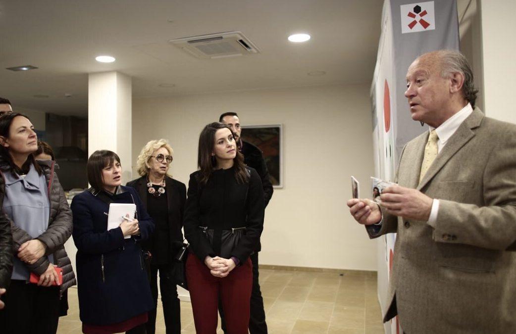 Inés Arrimadas visita el Instituto de Robótica para la Dependencia