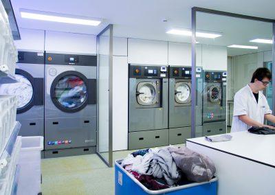 Laundry ID - Projects - Instituto de Robótica para la Dependencia